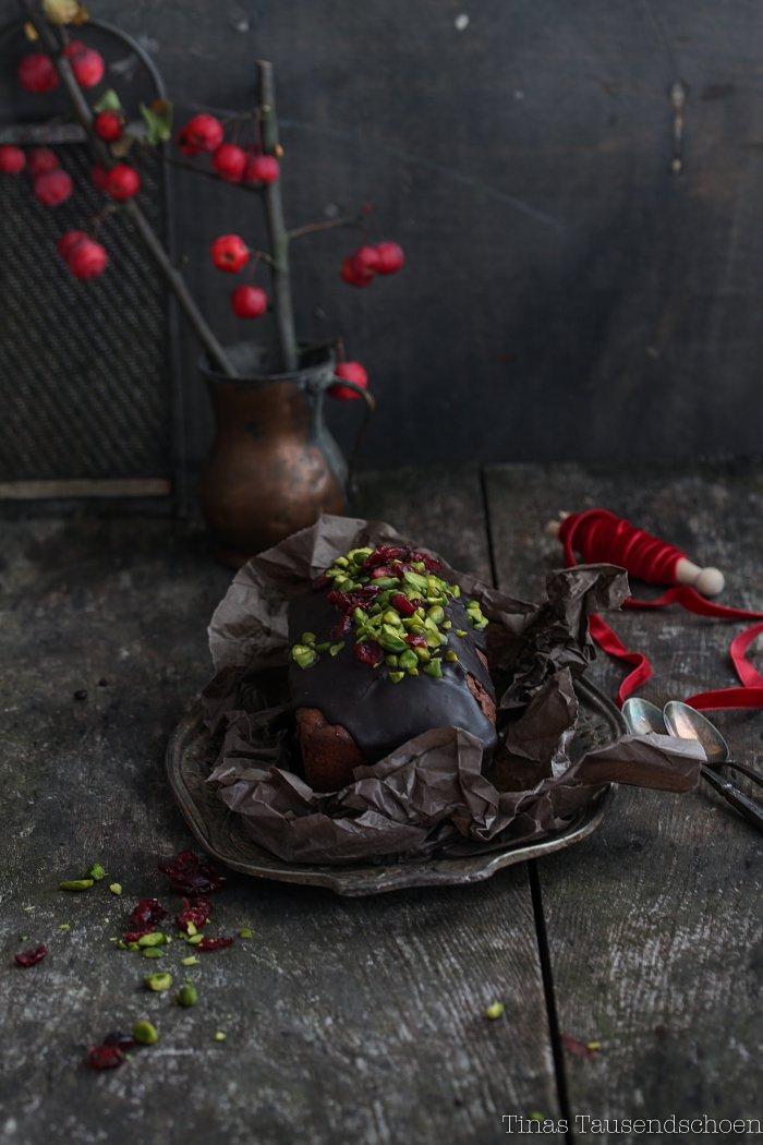 weihnachten schokokuchen mit cranberries und pistazien. Black Bedroom Furniture Sets. Home Design Ideas