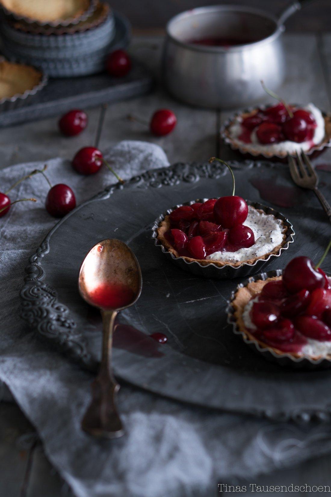Maraschino Kirsch Tartelettes-39_blog