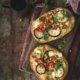 Naan-Pizza mit Kichererbsen, Auberginen