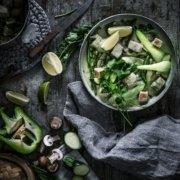 Green Thai Fish Curry, Neujahrssalat mit knusprigem Fisch-Topping und Herzhafte Fischbrötchen mit Rote Bete Remoulade