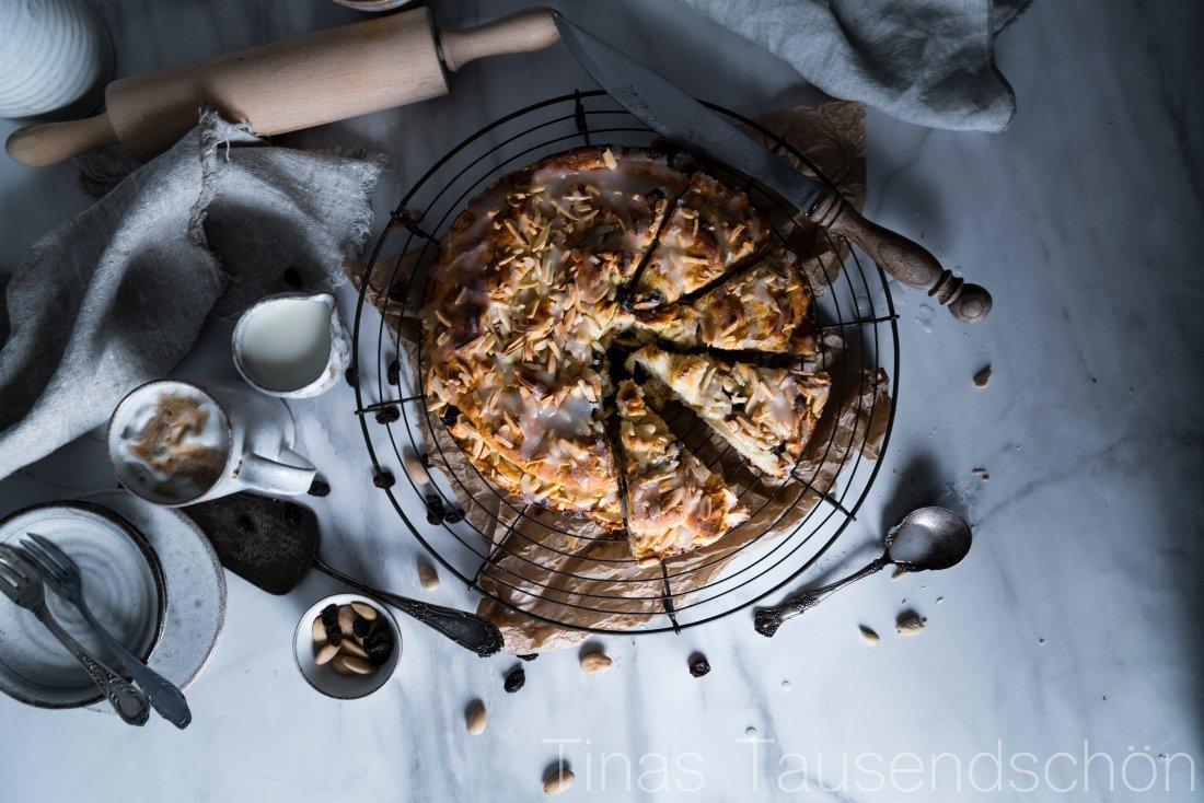 Mandel Marzipan Hefe Kuchen