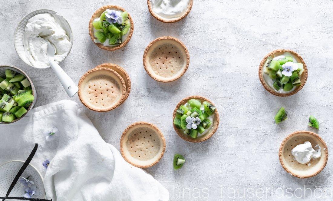 Kiwi Tartelettes mit Kokos Zitronen Creme