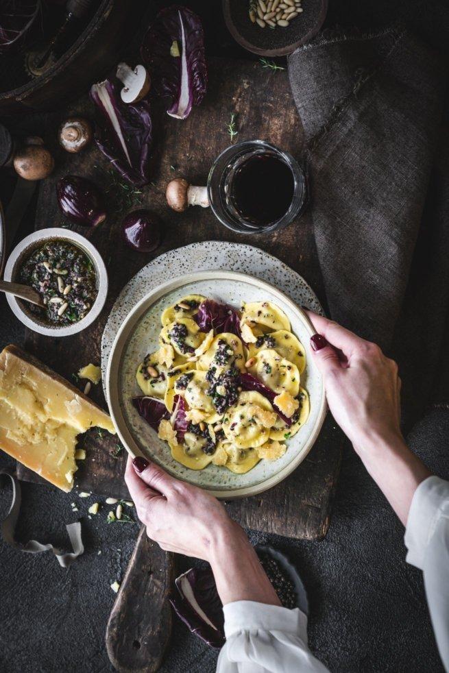 Pasta mit Hähnchenbrust und Champignons gefüllt