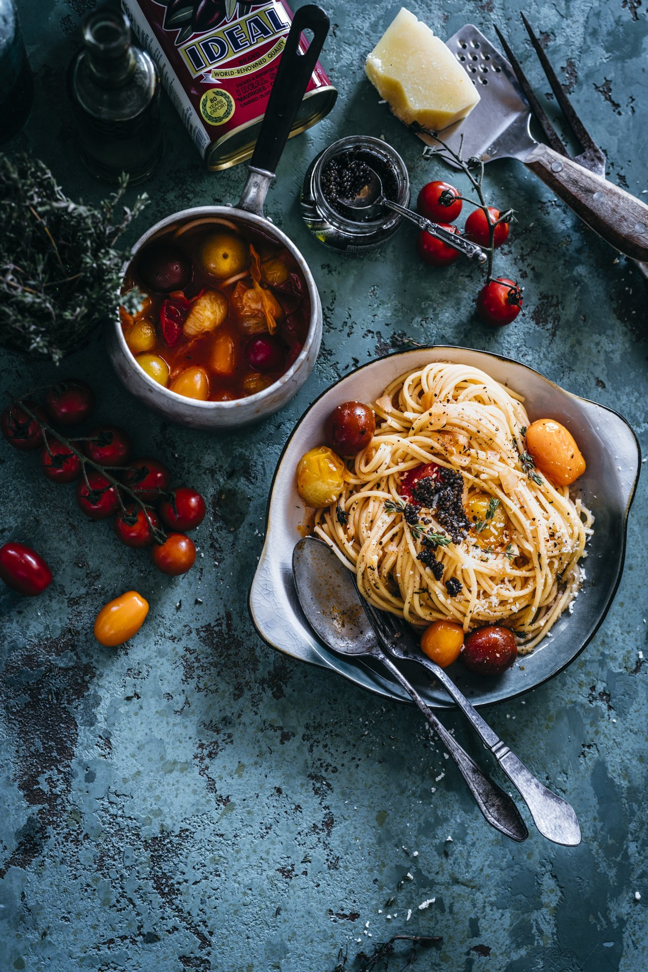 Spaghetti mit Gin Tomatensauce. So lecker!