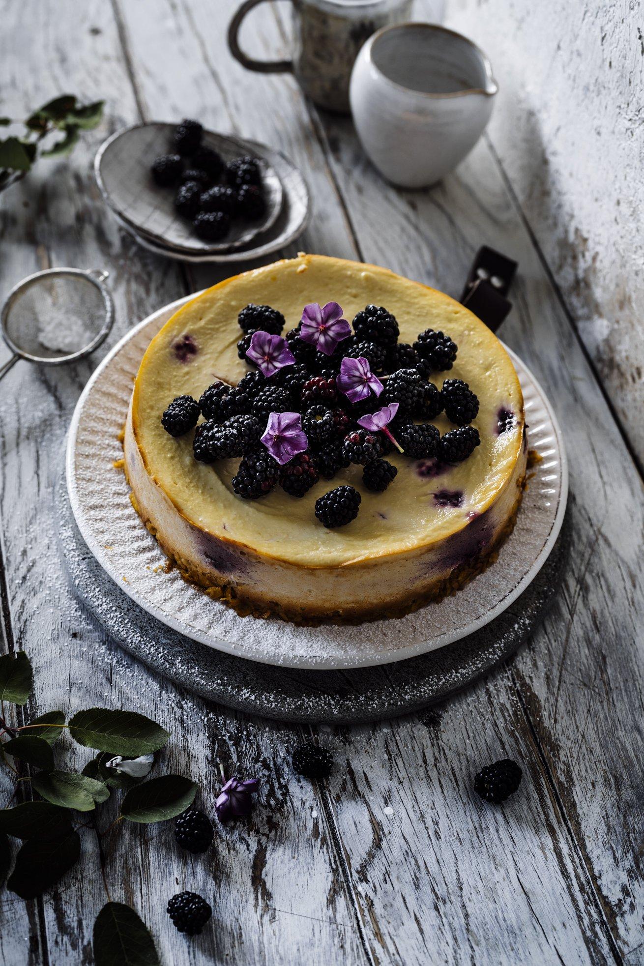 Gesunde Cheesecake Variante mit Ricotta und Brombeeren