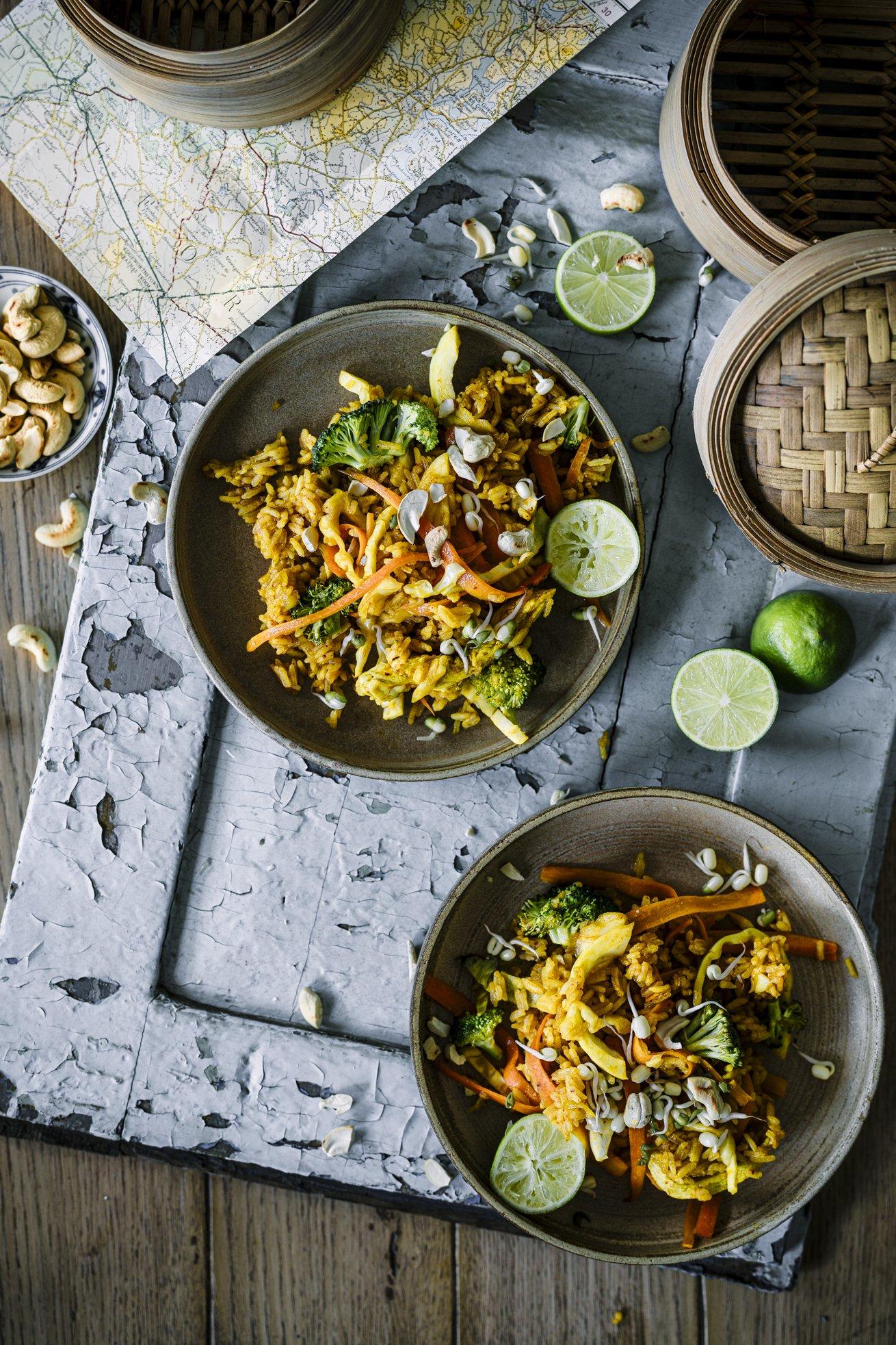 Einfaches Rezept für indonesisches Nasi Goreng mit Hühnchen