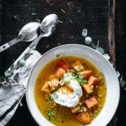 Hokkaido Suppe mit pochiertem Ei