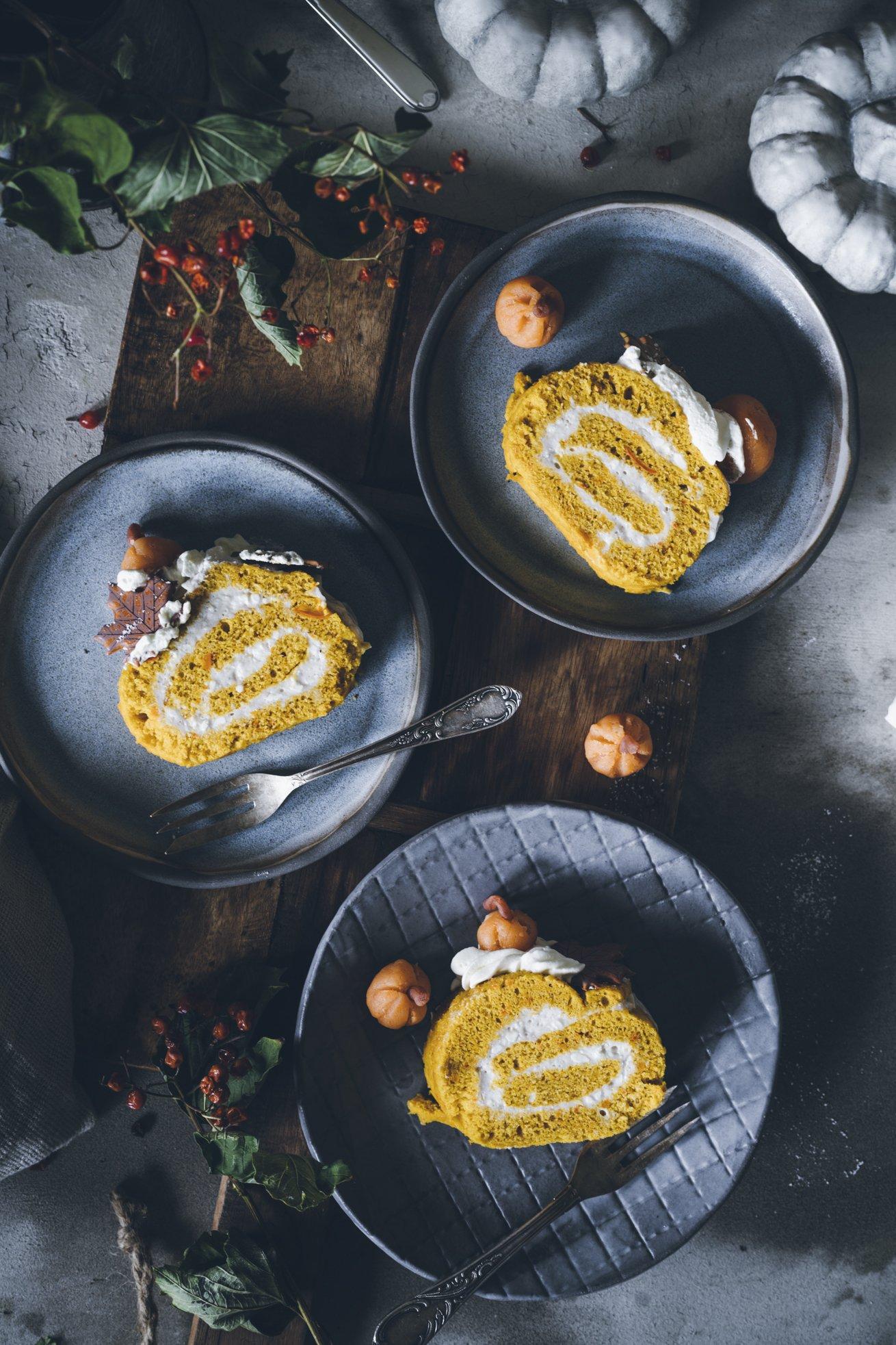 Kürbis Biskuitrolle mit Pumpkin Spice