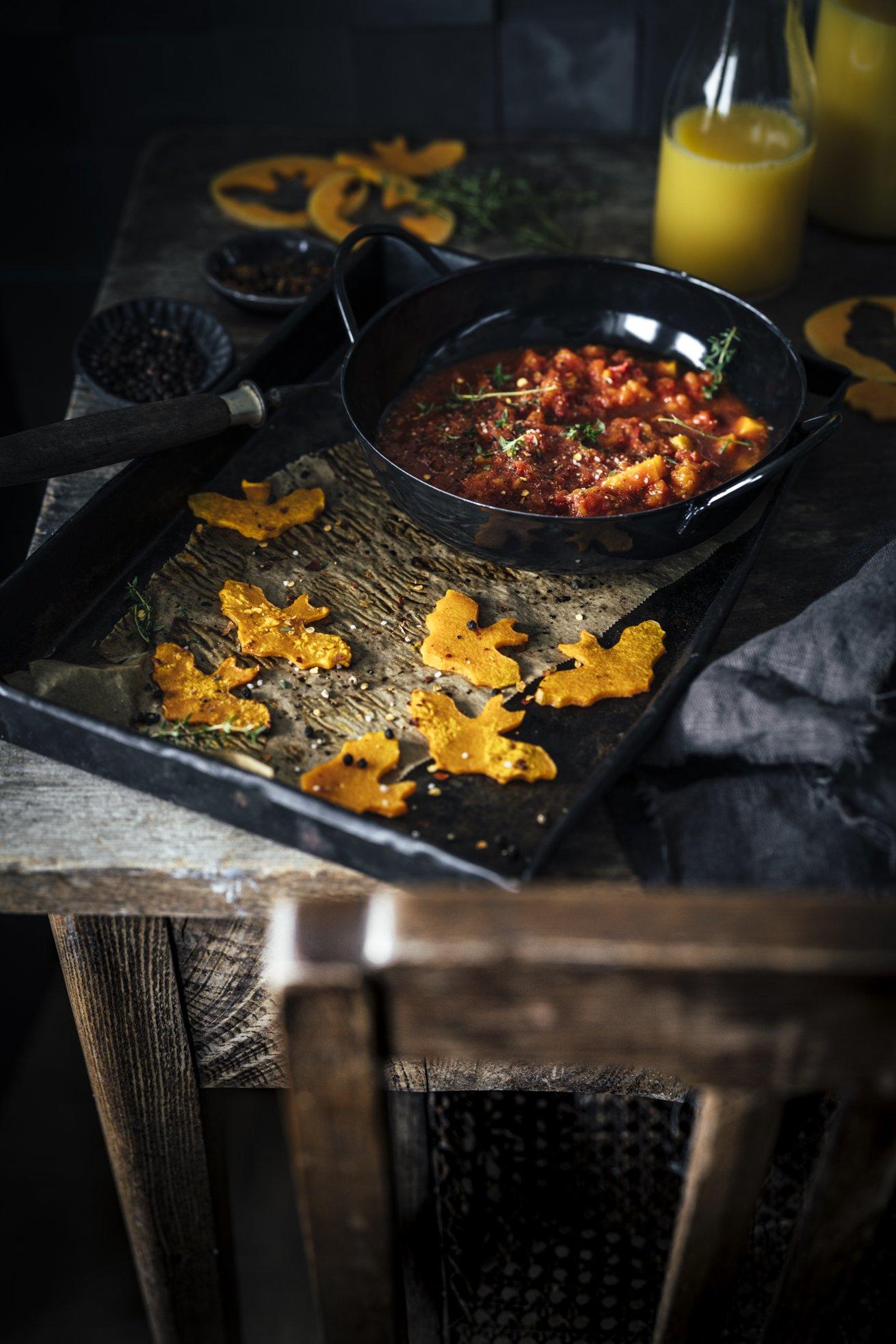 Schwarze Spaghetti mit Kürbis-Orangensaft-Sauce