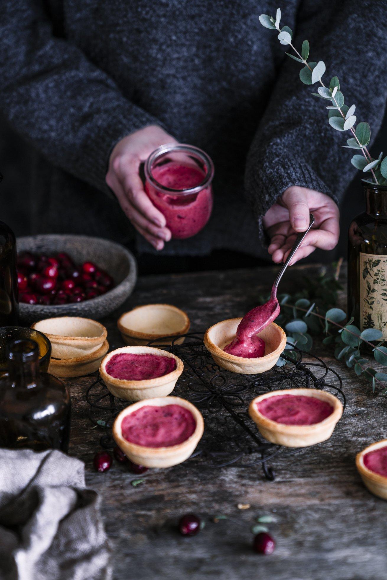 Tartelettes mit homemade Cranberry Curd