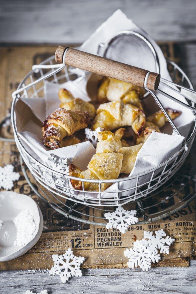 Rahmkipferl mit Vanille und Sahne - Kekse zu Weihnachten
