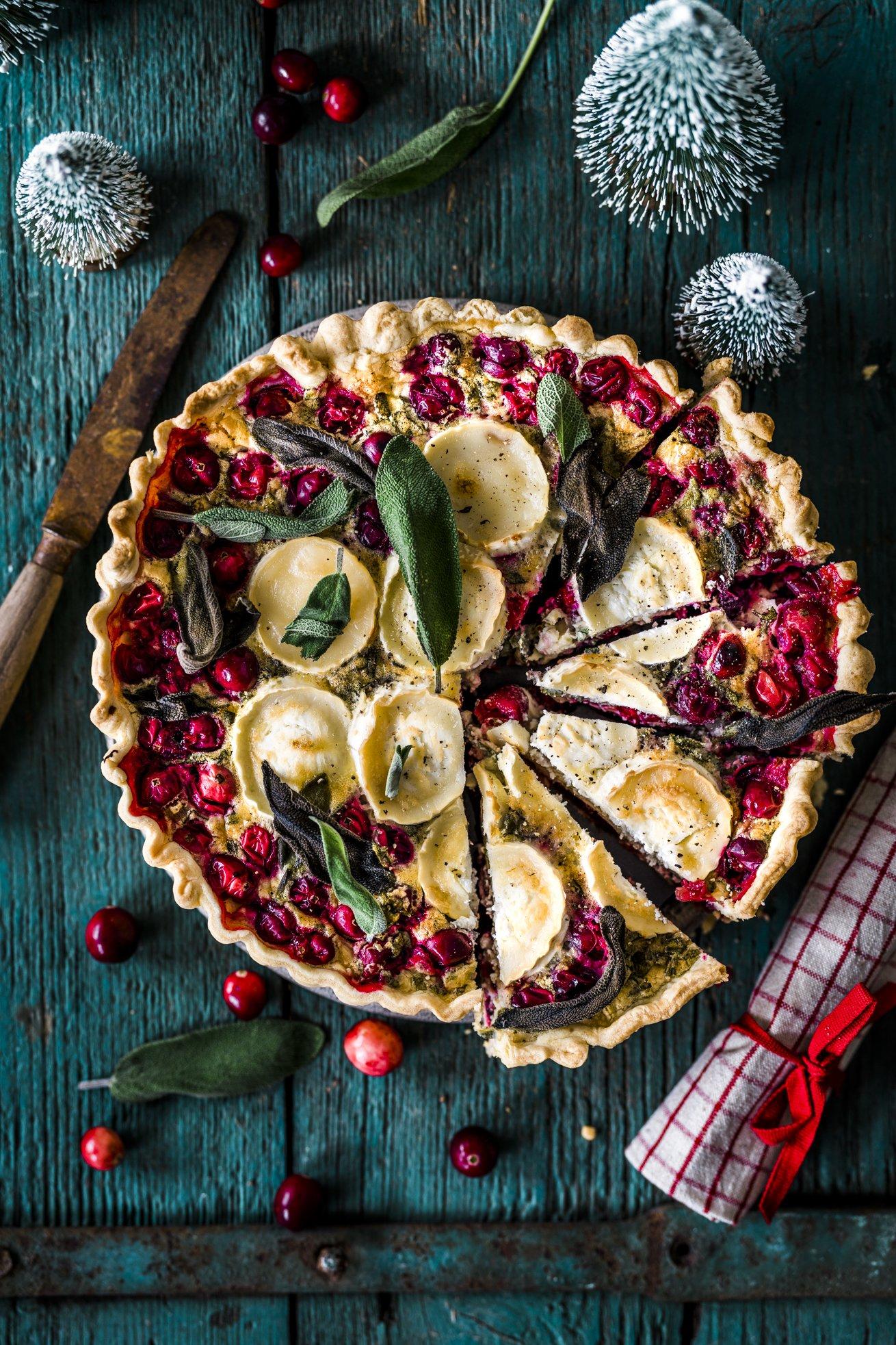 Herzhafte Tarte mit Cranberries und Ziegenkäse