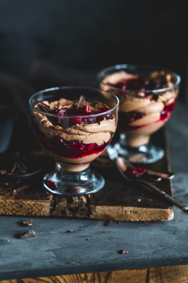 Cranberry Mousse au Chocolat Rezept