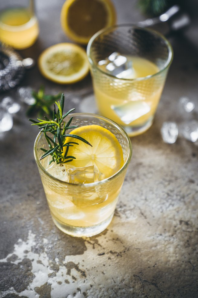 Rosmary Maple Whisky Sour