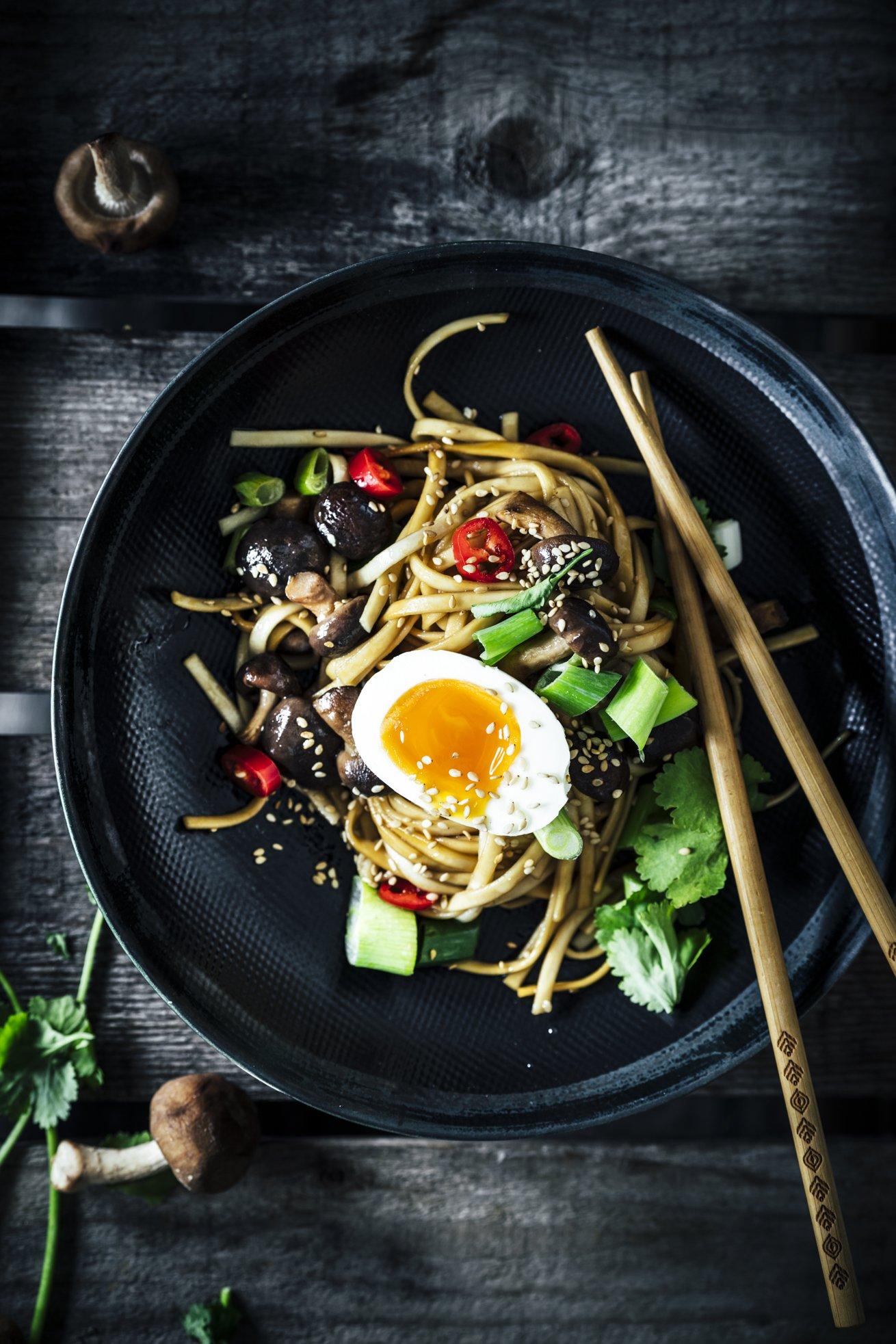 Wie vom Take Away - Asia Nudeln mit Shiitake Pilzen