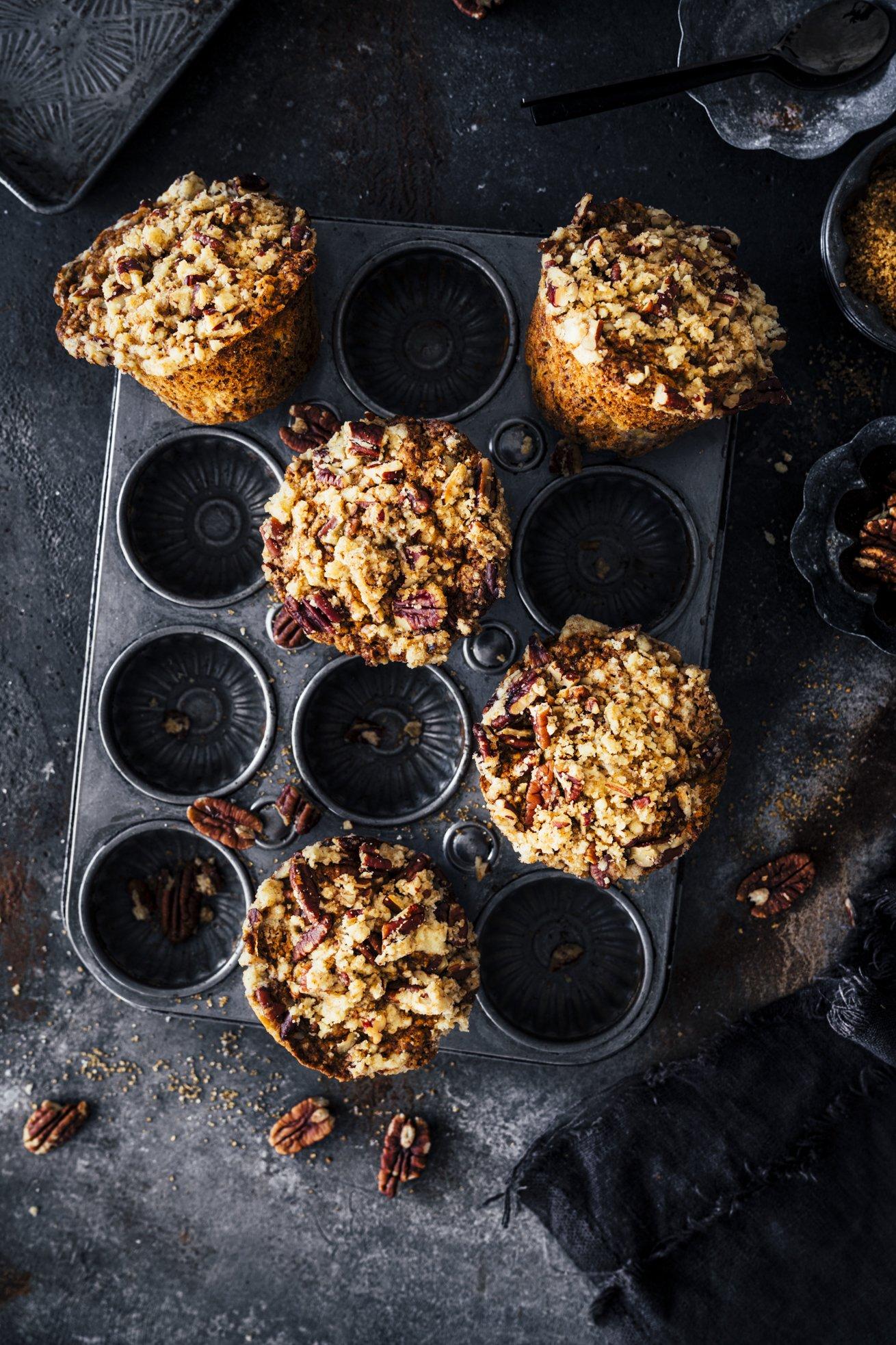 Muffins mit Bananen und Pekannüssen