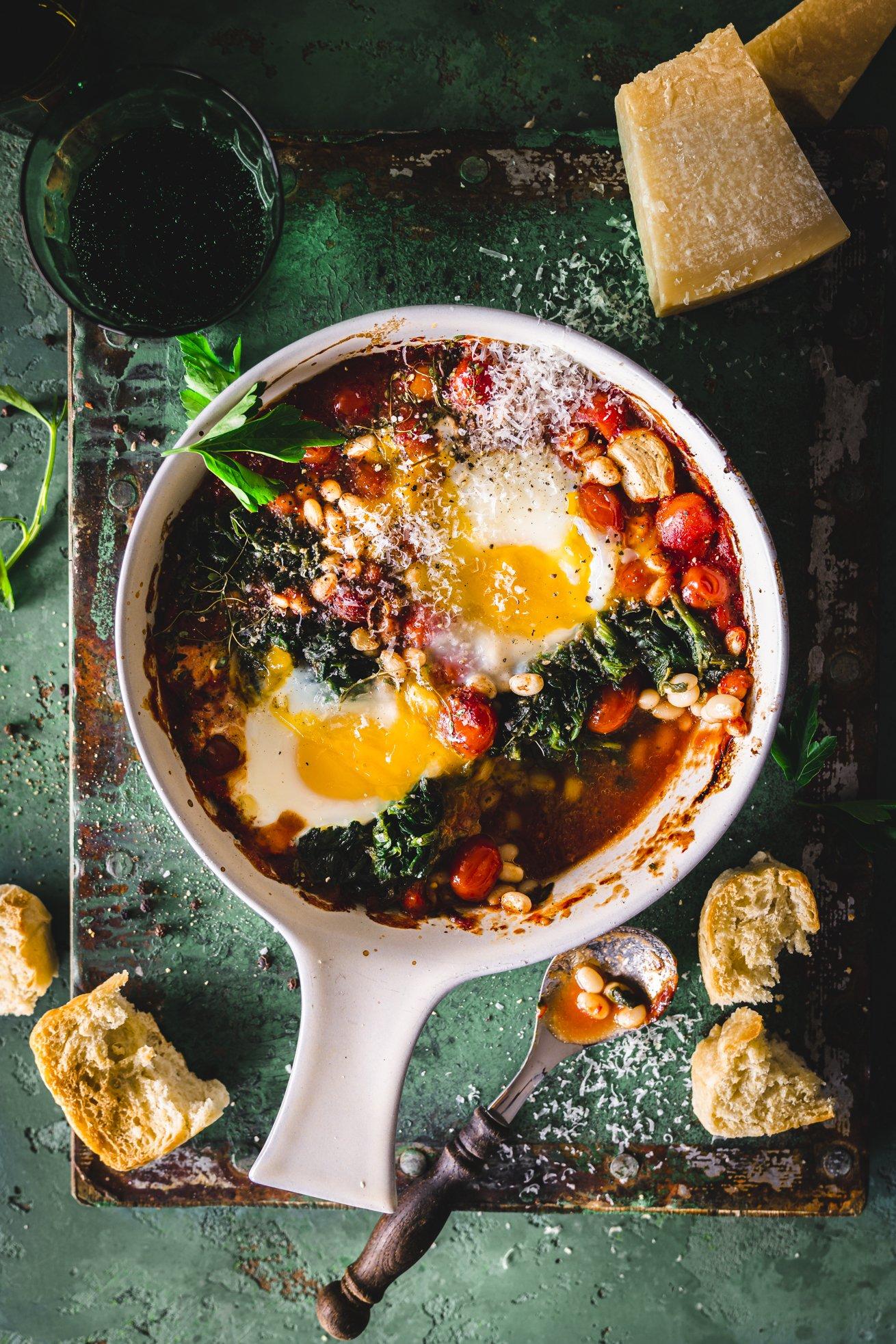 Italienische Eier mit Cannellini Bohnen