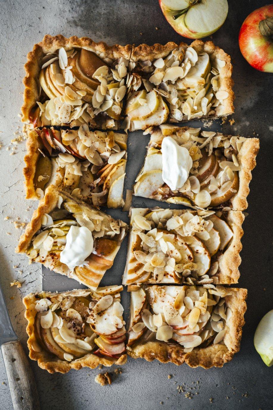 Schnelle Apfel Tarte mit Mandeln