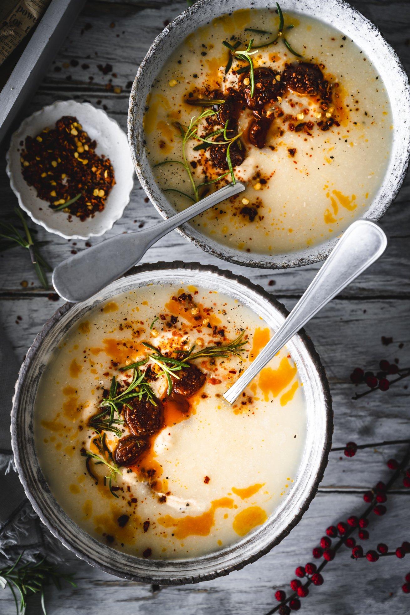 Cremige weiße Bohnensuppe mit Chorizo