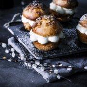 Bienenstich Muffins mit Eierlikör Füllung