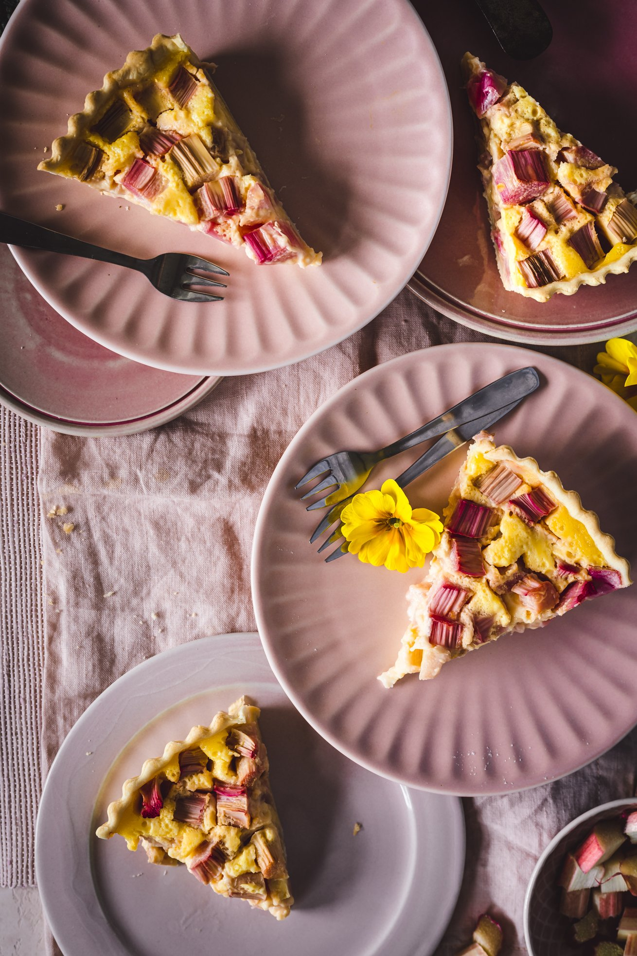 Rhabarber Kuchen mit Buttermilch Füllung