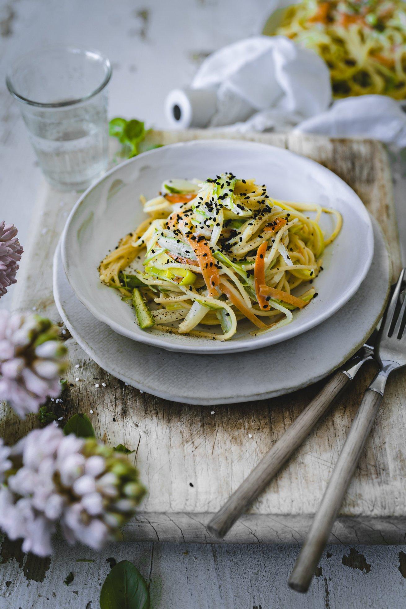 Spaghetti mit Frühlingsgemüse
