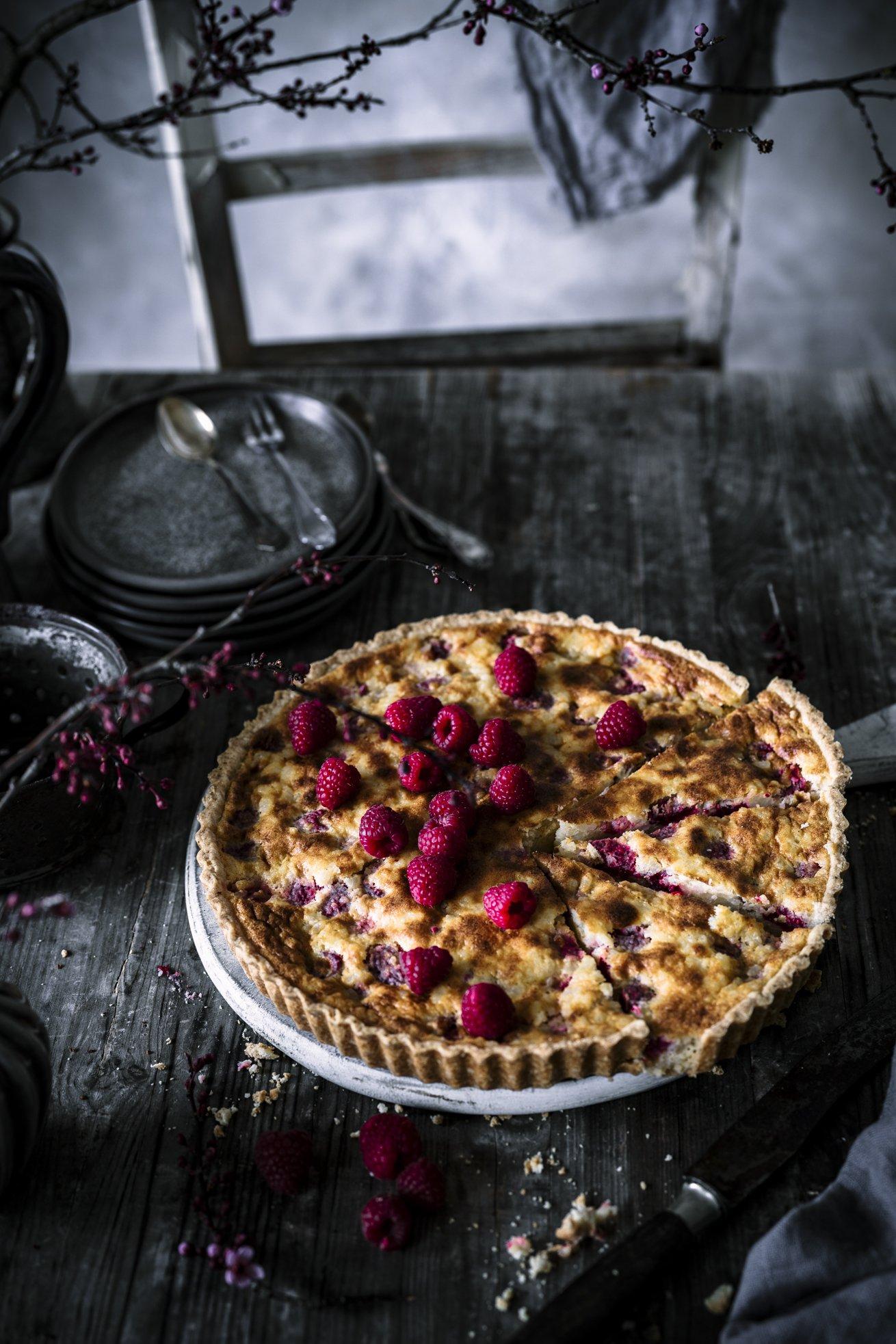 Cremiger Milchreis Kuchen mit Himbeeren