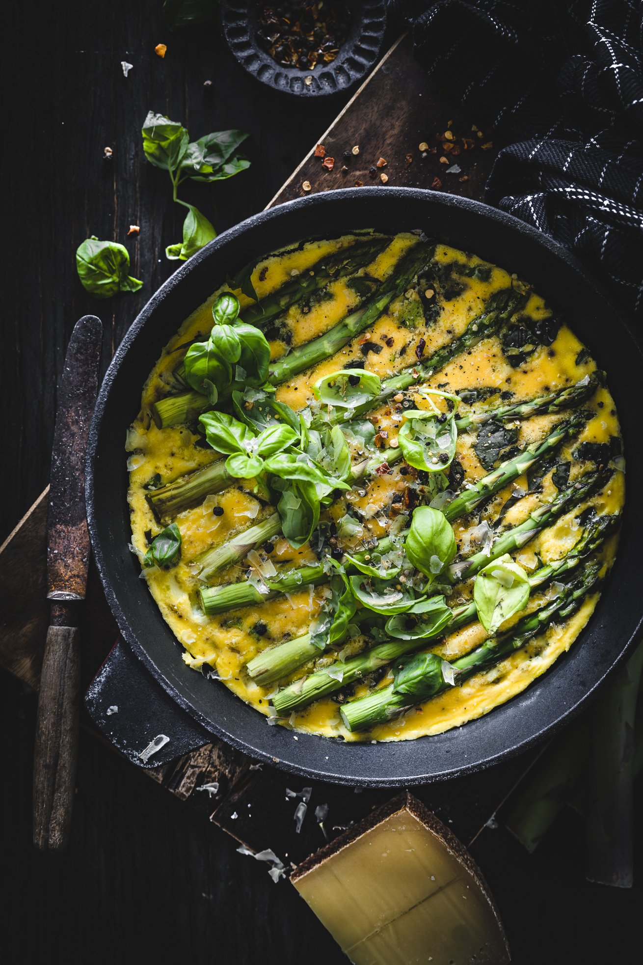 Omelett mit grünem Spargel