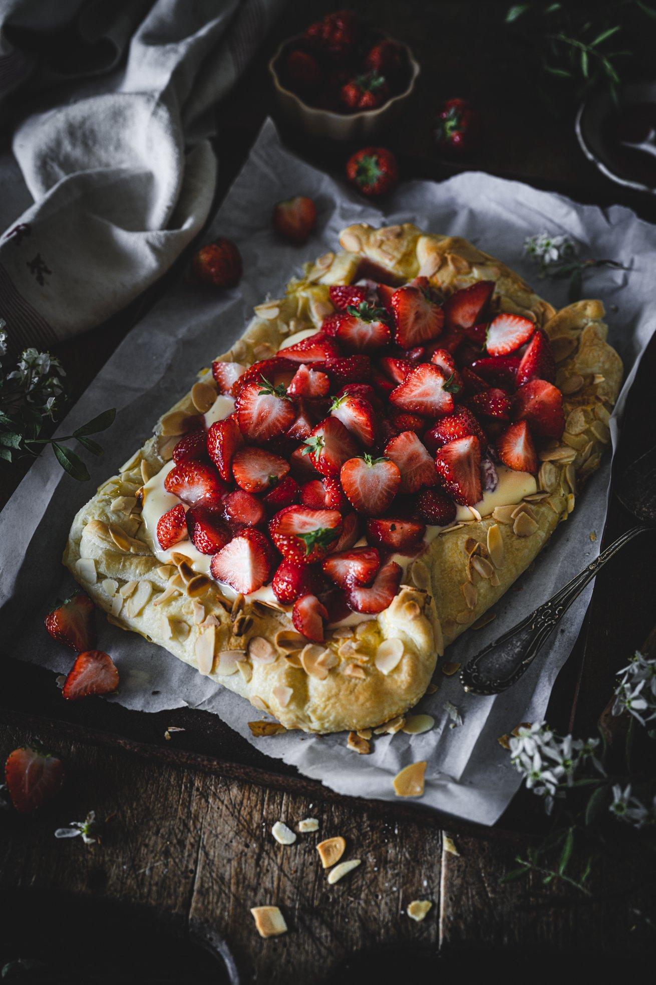 Erdbeer Galette mit Blätterteig