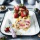 Selbstgemachtes Erdbeer Parfait