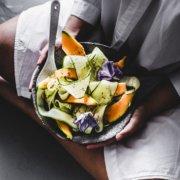 Melonen mit Gurken Salat
