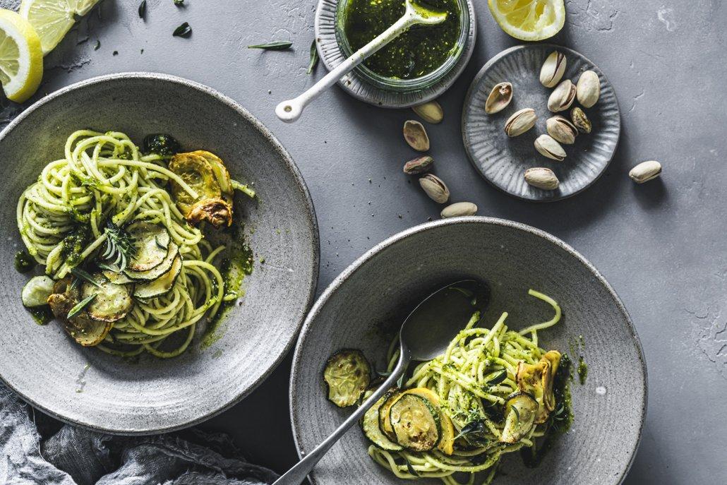 Pesto aus Zucchini und Pistazien