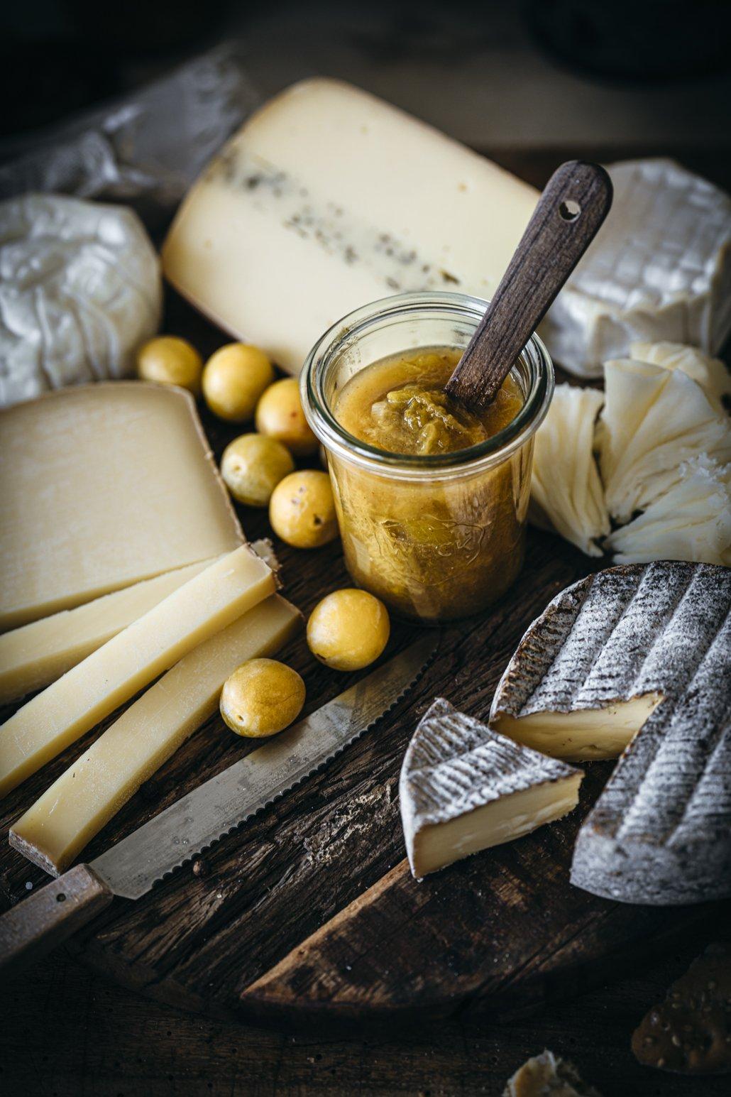 Mirabellen Chutney mit Käse