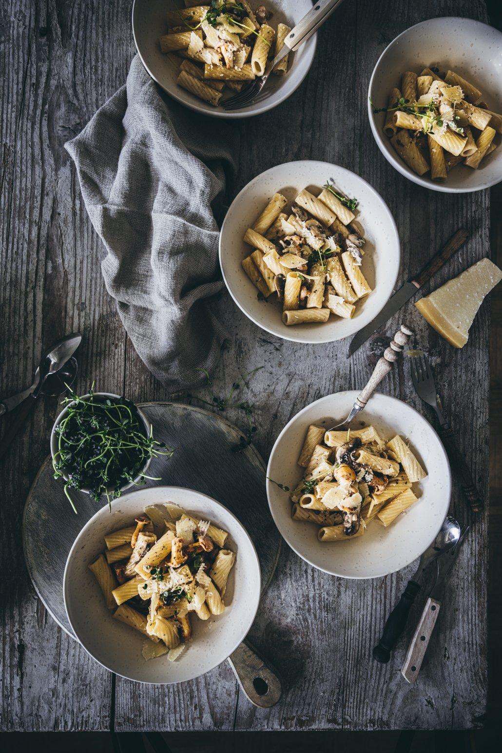 Pasta Funghi mit Champignons und Pfifferlingen