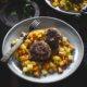 Buletten mit Möhren und Kartoffeln