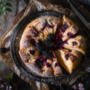 Saftiger Rührkuchen mit Äpfeln
